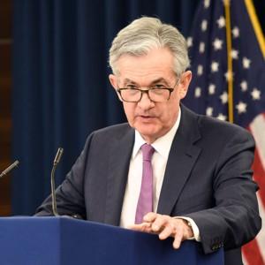Nasdaq cade ancora ma Powell rassicura gli Usa