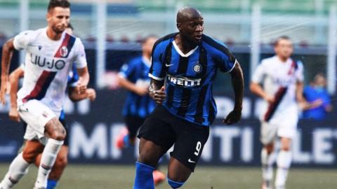 Inter beffata dal Bologna. Il Napoli aggancia la Roma