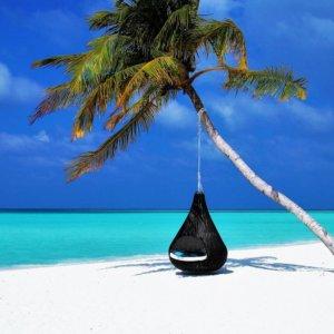 Vacanze: le Maldive riaprono ai turisti