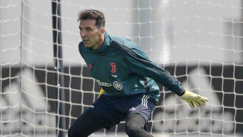 Juve con Buffon ma in crisi di nervi, il Napoli ipoteca la Champions