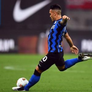 Inter e Atalanta vincono e puntano al secondo posto: oggi la Lazio
