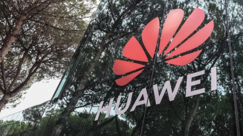 5G, guerra a Huawei: Svezia dice stop, Italia frena su Fastweb