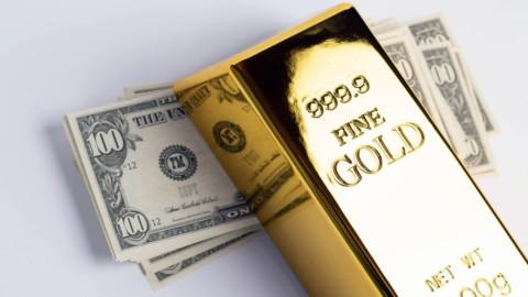 Oro forte, dollaro debole: è il mix che piace alle Borse