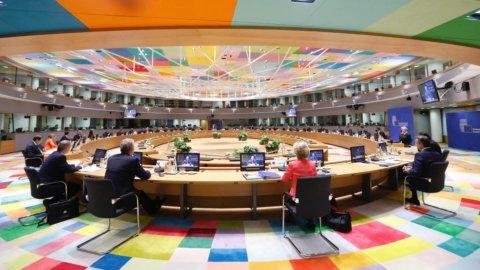 Consiglio Ue, sui vaccini vertice al via ma l'accordo è in salita