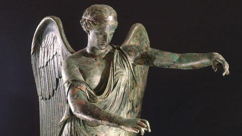 """Torna a Brescia la """"Vittoria Alata"""", la statua amata da Carducci e D'Annunzio"""