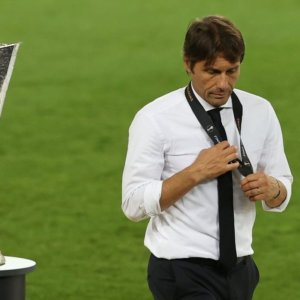 Inter shock: perde l'Europa League e anche Conte