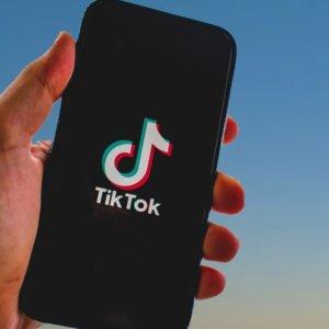 TikTok, No a Microsoft: Oracle partner tecnologico