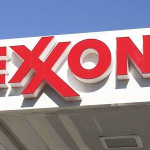 Exxon, la fine di un'era: addio Dow Jones dopo quasi un secolo