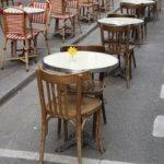 Parigi dichiara guerra alle auto: via il 50% dei parcheggi