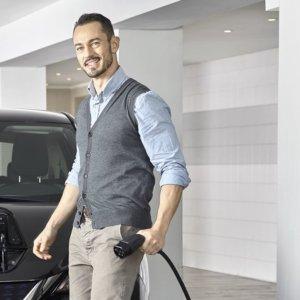 Auto elettrica, Enel X si accorda con Weltmeister