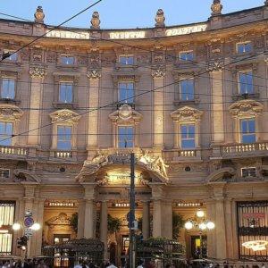 Milano: Palazzo Cordusio venduto per 247 milioni