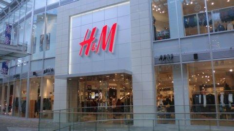 H&M punta sull'e-commerce e chiuderà 250 negozi