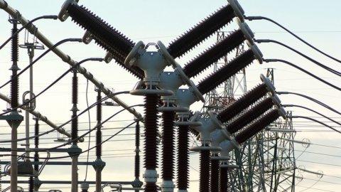 Sicilia, nuovo elettrodotto: costerà 300 milioni