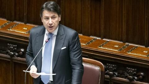 """Conte chiude a Renzi, si appella ai """"costruttori"""" e promette il proporzionale"""