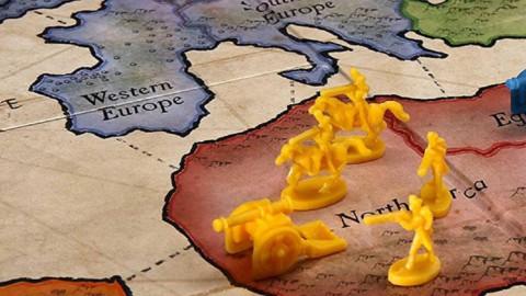 Il risiko bancario e le utilities incoronano Piazza Affari