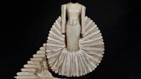 Moda e Arte con pezzi unici donati da celebrità internazionali per raccogliere fondi
