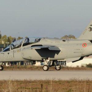 Leonardo: consegnati all'Aeronautica i primi due M-345
