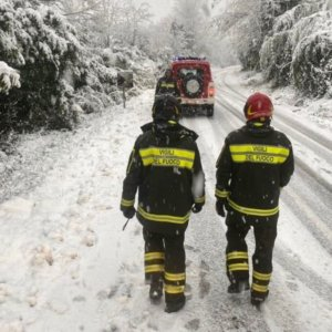 Maltempo: allerta rossa al Nord, Alto Adige isolato