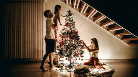 Natale e Capodanno tra zona rossa e arancione: regole e calendario