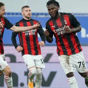 Calcio 2020, finale pirotecnico: Milan e Inter regine