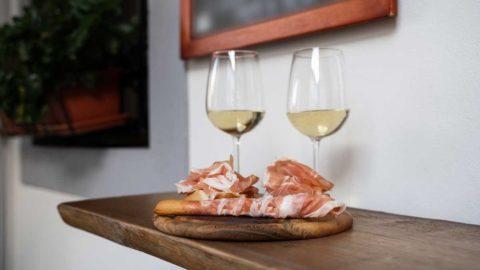 Aperitivo a casa: iniziativa del Prosciutto di San Daniele a supporto dei ristoratori italiani