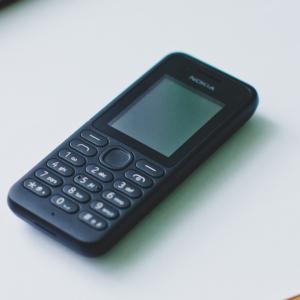 ACCADDE OGGI – Il primo SMS della storia inviato 28 anni fa