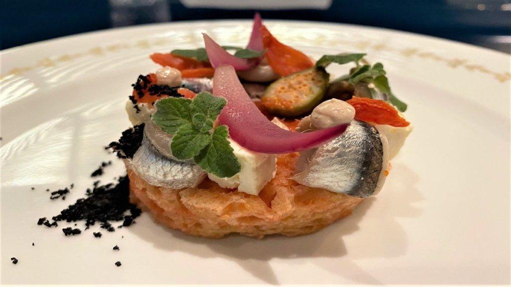 LA COLAZIONE DEL PESCATORE piatto dedicato a Procida dallo Chef Gabriele Muro del ristorante L'Adelaide