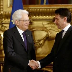 Conte, triplete in bilico: o altri transfughi o nuovo premier