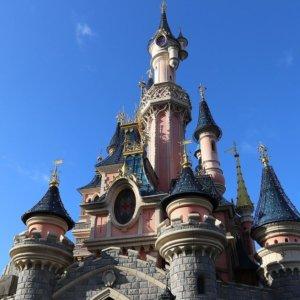 Disneyland California: da parco divertimenti a centro vaccini anti Covid