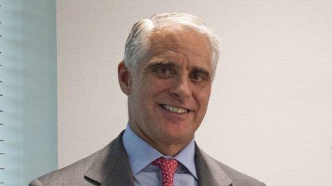 Unicredit: le commissioni sostengono ricavi e utili, ma Orcel chiede tempo