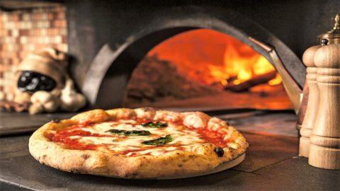 Vera Pizza Day: una maratona mondiale AVPN per diffondere l'arte dei pizzaiuoli