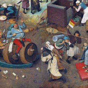 Carnevale, festa degli eccessi dalle fritture al trionfo del maiale