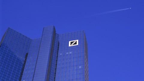 Deutsche Bank, trimestre record e niente multa Ue: titolo in orbita