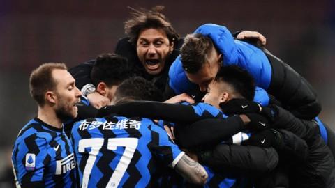 L'Inter sorpassa il Milan e va in testa, la Roma scavalca la Juve