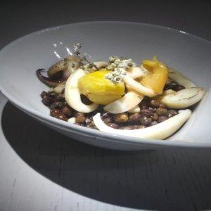 La ricetta di magro per la Quaresima dello chef Pasquale Tarallo: zuppetta di ceci neri e seppia di Agnone
