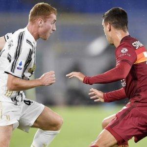La Juve tenta il sorpasso sulla Roma, l'Inter espugna Firenze