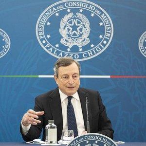 """Draghi: """"Decreto contro sanitari no vax. Apertura di Biden sulla web tax"""""""
