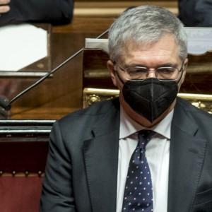 """Franco: """"Allentamento restrizioni dopo Pasqua, stop aiuti a fine anno"""""""