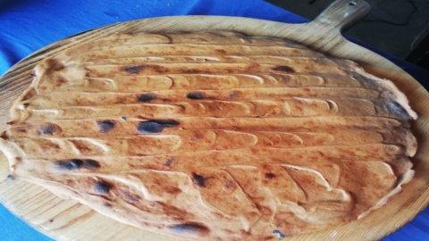 Pattona Lunigiana, il pane salutare al sapore di castagne
