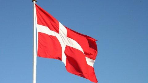 Vaccino Astrazeneca: Danimarca prende le distanze
