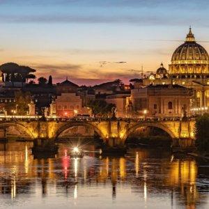 Turismo a Roma, dalla crisi profonda alla ripresa: gli scenari di Intesa Sanpaolo