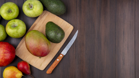 Frutta esotica nel futuro del Sud Italia: avocado e mango