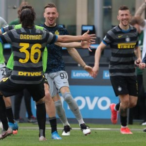 L'Inter verso lo scudetto, Atalanta seconda, la Juve frena