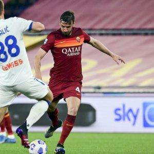 La Roma frena l'Atalanta, il Napoli domina la Lazio: corsa Champions apertissima