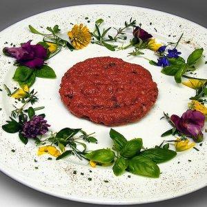 Primavera: impariamo a colorare i piatti con i fiori da gustare