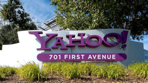 Verizon vende Yahoo! e Aol per 4-5 miliardi
