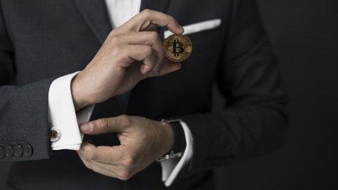 Bitcoin in mano