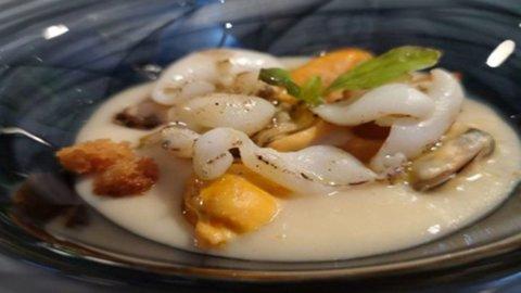 La ricetta di Davide Mea: fagioli di Gorga con tagliatella di seppia pane al timo e cozze