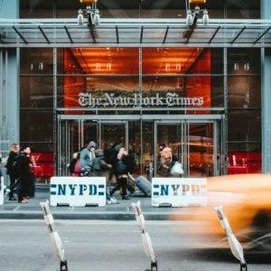 """New York Times, gli abbonamenti rallentano: """"Colpa di Trump"""""""