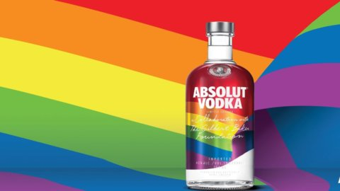 Absolut Rainbow 2021 Limited Edition, una Vodka omaggio ai diritti LGBTQ+